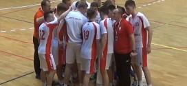 Na początek juniorzy młodsi wygrali z Czechami