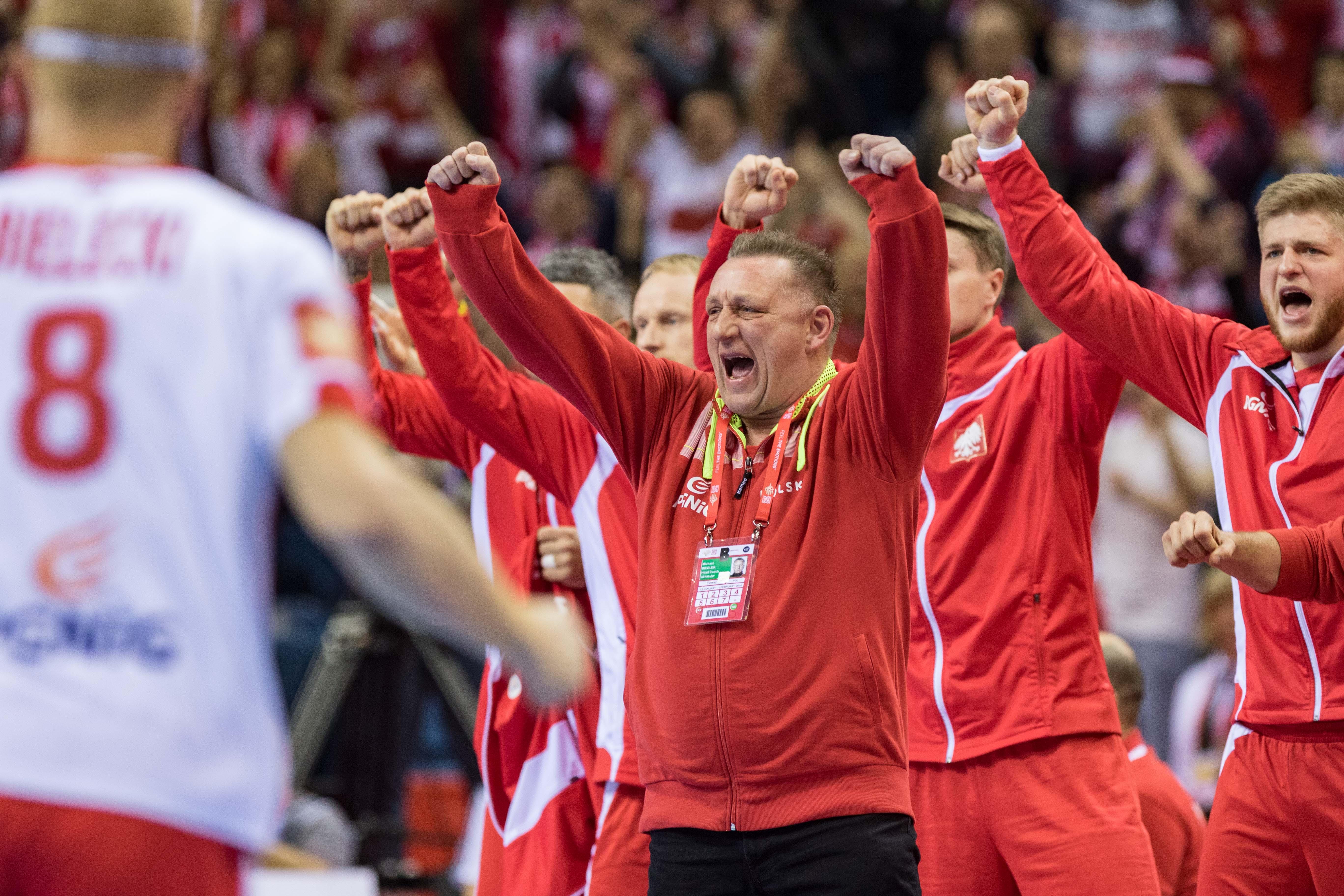 2016.01.19 Krakow Pilka reczna EHF Euro 2016 Mistrzostwa Europy w pilce recznej mezczyzn Grupa A Francja - Polska N/Z Michael Biegler (trener, Head coach) Radosc  Foto. Tomasz Folta / Pressfocus 2016.01.19 Cracow Handball EHF Euro Poland 2016 Group A France - Poland
