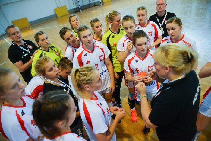 W17-EURO-handball-Switzerland-Poland-04.08.2017-6501