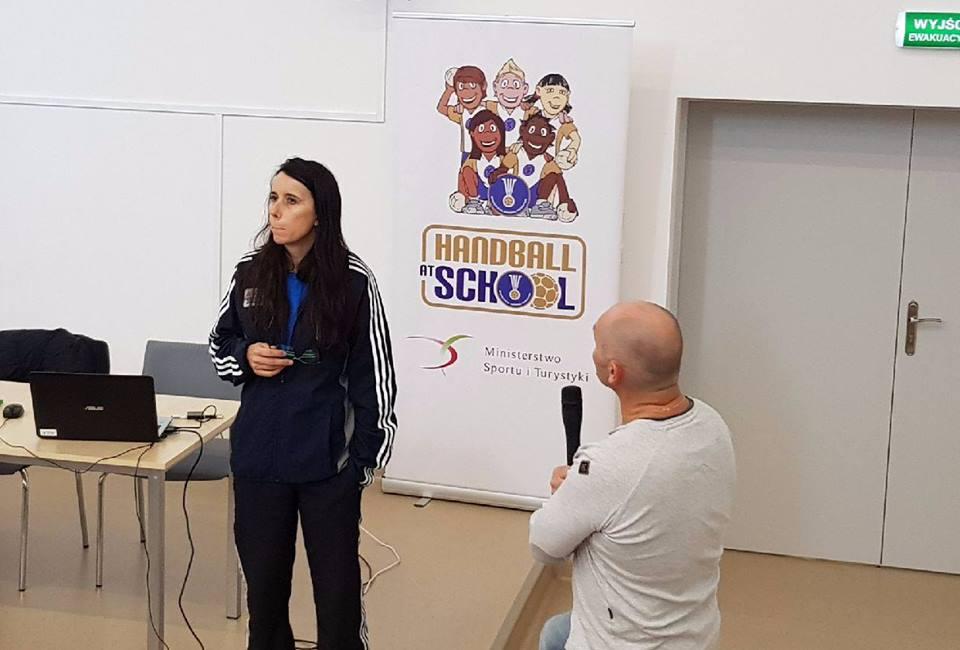 handball at school (1) (003)