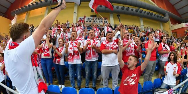 Kulisy meczu Polska-Hiszpania w Kaliszu (video)