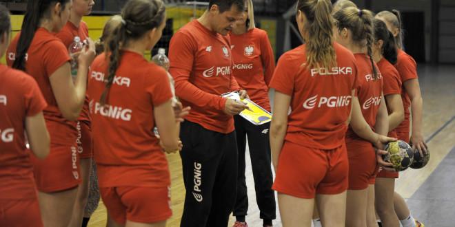 Adrian Struzik: Dziewczyny szybko się uczą (video)