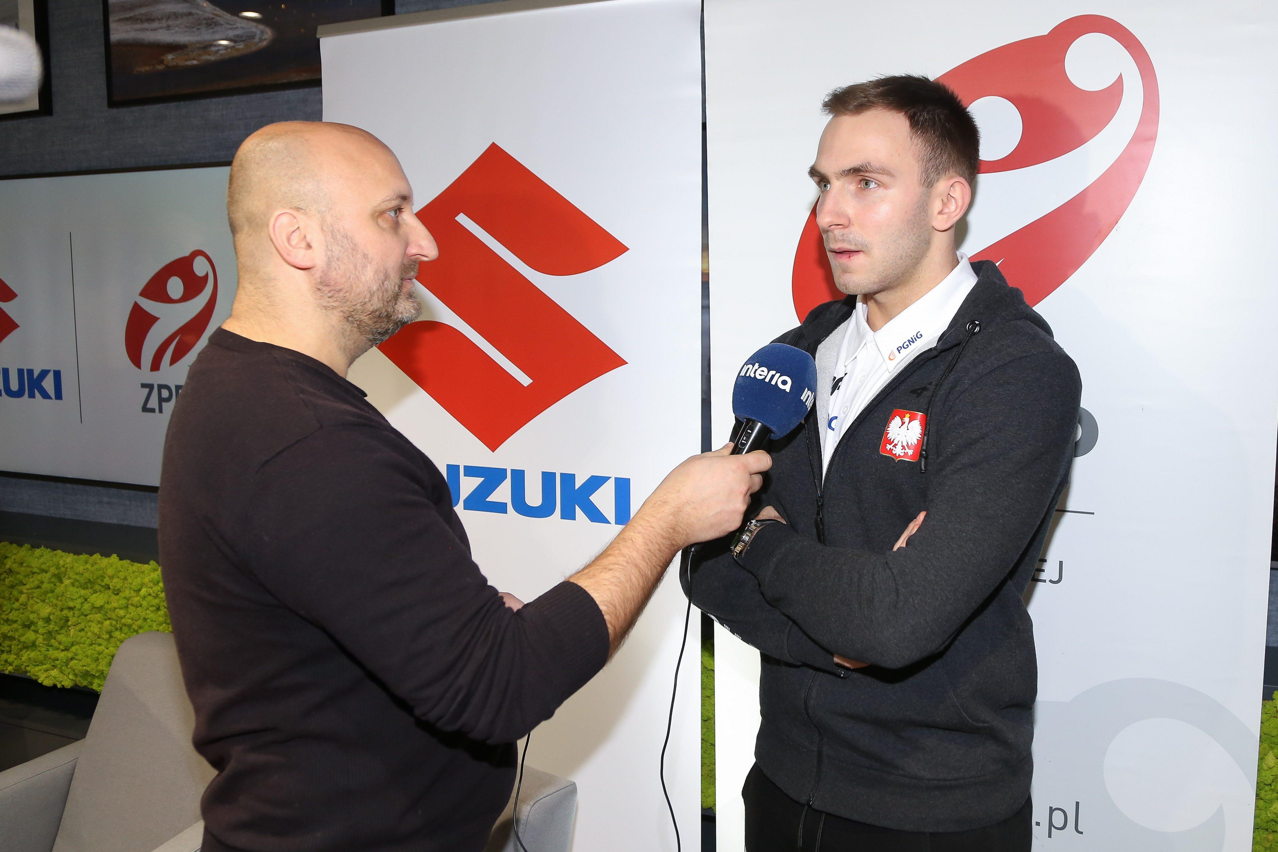 Podpisanie umowy miedzy Zwiazkiem Pilki Recznej w Polsce i Suzuki Motor Poland