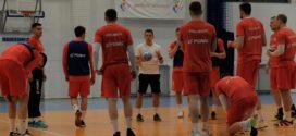 Biało-Czerwoni trenowali w Warszawie przed wylotem na EURO