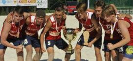 Gdańszczanie ze złotem MP juniorów mł. w plażówce