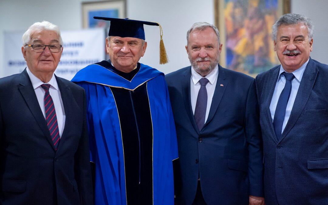 Andrzej Kraśnicki Doktorem Honoris Causa prestiżowego uniwersytetu w Kijowie